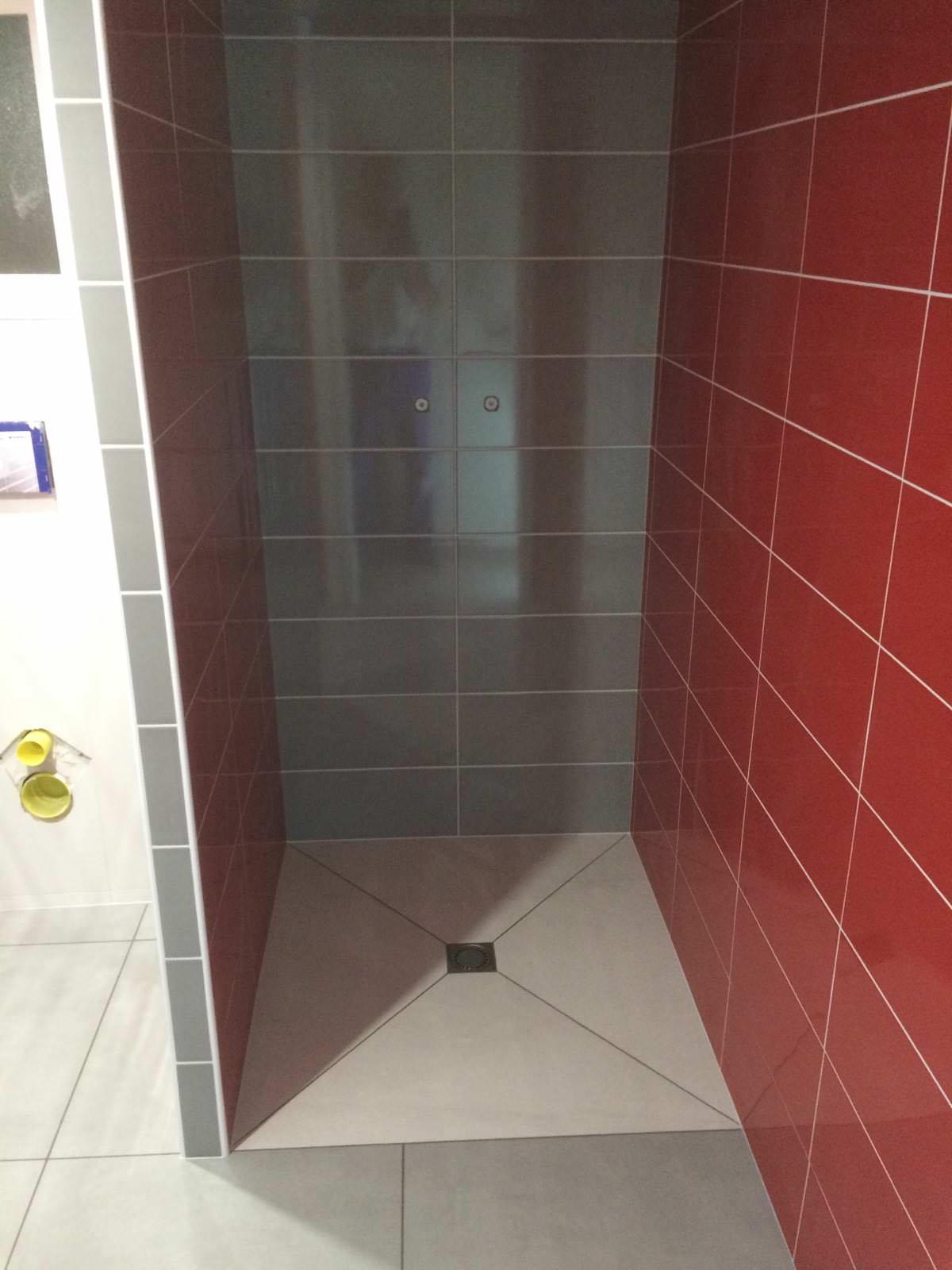 Carrelage bourg en bresse free carrelage dedicace x cm for Salle de bain bourg en bresse